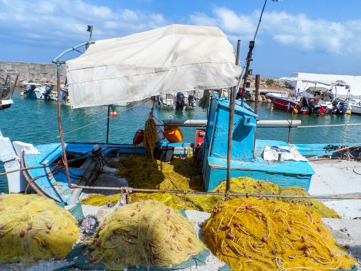 vissersboot-haven-kolymbari-noord-westen-van-kreta